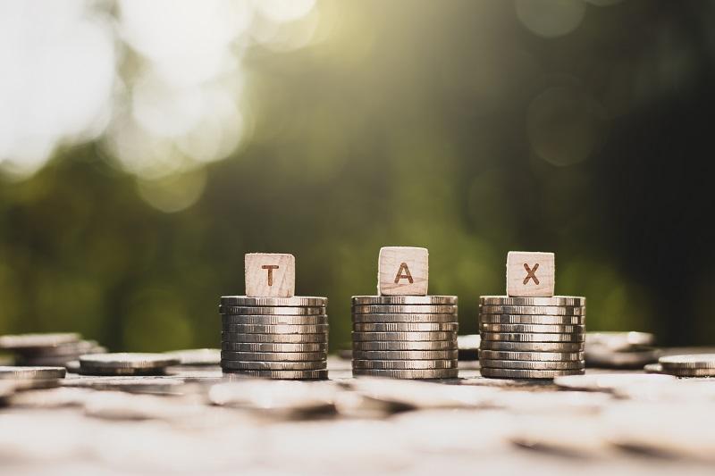 Czym jest kwota wolna od podatku i czy jej wysokość powinna zastąpić zasiłki?