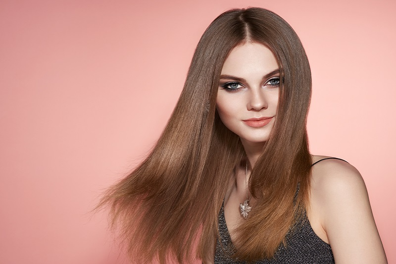 Jak zawsze mieć piękne włosy? Sprawdzone sposoby na modelowanie włosów!