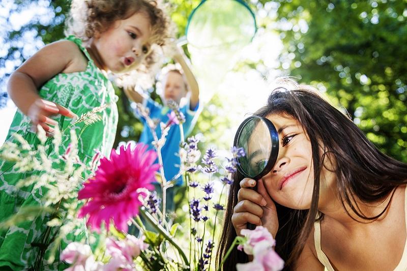 Pomysły na wakacje z małym dzieckiem, uczniem, nastolatkiem