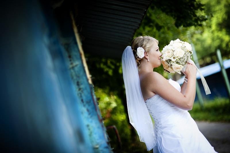 Ślub w plenerze – sposób na wyjątkową ceremonię